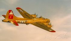 Boeing B-17 Flying