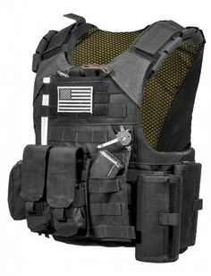 Pocket for knife is a good upgrade for a plate carrier.