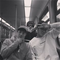 Chanyeol's IG Update with Suho and Sehun in Dallas