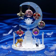 Sailor Moon Moon Castle accessory stand will give your room a touch of Silver Millennium class
