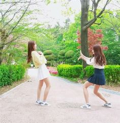 Mode Ulzzang, Ulzzang Korean Girl, Ulzzang Couple, Korean Girl Photo, Cute Girl Photo, Cute Japanese Boys, Bff, Girl Friendship, Foto Pose