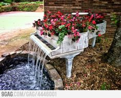 Old Piano turned into outdoor fountain... Awesome idea.