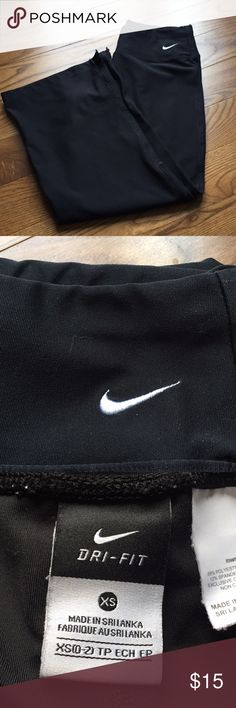 Nike Dri-fit Capri pants size XS Great pants to your work out clothing. Size XS Nike dri-fit Black Capri pants. 88% polyester 12% spandex. Very nice condition. No rips, tears or stains. All items from smoke free home and super fast shipping. Thanks for looking. Nike Pants Track Pants & Joggers