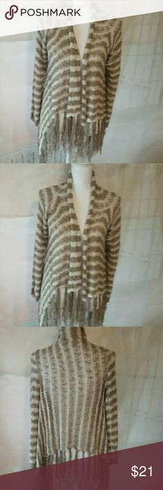 ii Sisters Cream Neutral stiped Sweater Jacket This is a nice two sisters neutral stiped loosley woven sweater vest. It is soft and comfy,  mskes a great staple wardrobe piece. Small- MEDIUM. ii Sisters  Sweaters Shrugs & Ponchos