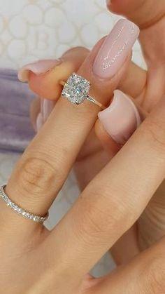 Beautiful Engagement Rings, Engagement Ring Cuts, Wedding Engagement, Solitaire Engagement, Cartier Engagement Rings, Dresses For Engagement, Tiffany Engagement Rings, Engagement Ring Vintage, Cinderella Engagement Rings