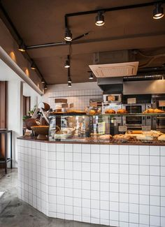 9평 베이커리 인테리어 modern vintage bakery interior, 타일 시공, 빈티지 디자인 Bakery Cafe, Cafe Restaurant, Old House Design, Coffee Shop Design, Cafe Interior, Coffee Cafe, Store Design, Dining, Kitchen