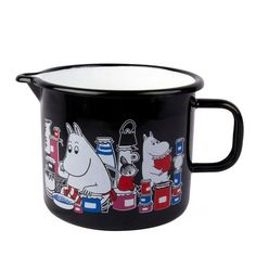 Pitcher with characters from the Moominvalley, black coloring with white and red details. Durable and easy to take care of, suitable for hot and cold drinks, pe Moomin Shop, Tove Jansson, Kitchen Items, Home Kitchens, Enamel, Dishes, Retro, Tableware, Easy