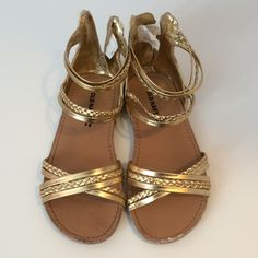 Look what I found while shopping on Totspot, the resale shopping app for kids' clothes.   Old Navy Gold Sandals  Old Navy  Love this! #kidsfashion