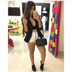 """398 curtidas, 14 comentários - Moda para meninas  (@parasemprefashionista) no Instagram: """"Look para curtir o sábado! """" jeans"""