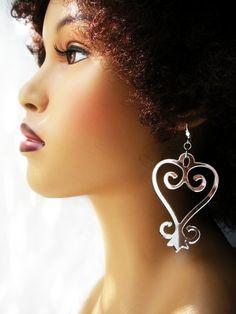 adinkra sankofa earrings - seller: AfriqueLaChic