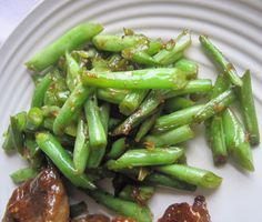 Luscious Low Carb: Chinese Green Beans / #lowcarb shared on https://facebook.com/lowcarbzen