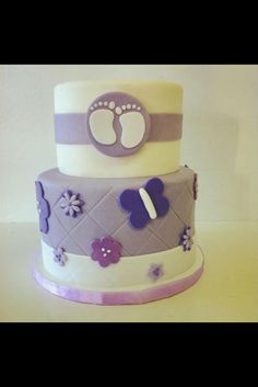 very cute baby shower cakes idea