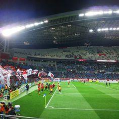 Febuary - 25 - 2016 . Urawa Reds - Sydney FC @ Saitama Stadium  02/24/16 . 昨日試合前にねSydney FCユニを着ていた方(もち外国人だよ)が当日券売場前いたから英語で突撃したの 僕ちんは Sydney から来た方だと勝手に思ってたんだけど奥さんが日本人だったのね でねでね当日券売場から出てきた奥さんにどうかしましたかって職務質問されちゃったの 僕ちん 何でもありませぬSydney から来たのかと思ったので声をかけてみたんですが 見事な撃沈でやんした 日本に住んでました(笑) #thechickenbaltichronicles #japan #japon #football #futbol #futebol #fussbal #voetbal #calcio #soccer #instafootball #jleague #stadium #estadio #stadion #stade #febuary #thursday #日本 #サッカー #埼玉スタジアム by 708ggg