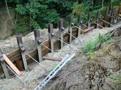 Top view of the retaining wall with the helical tiebacks.