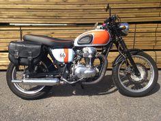 Kawasaki W650 custom By Dirty Seven Motorcycles