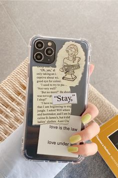 We are inspired by old newspapers to design these cases, If you want to experience a different iPhone case, this case can be a good idea because Newspaper clear iPhone case is made of clear, flexible and shock-resistant silicone, with 1.2 mm raised edges around the camera and screen for maximum protection against dust and everyday shocks. Kawaii Phone Case, Girly Phone Cases, Art Phone Cases, Diy Phone Case, Phone Cover, Diy Mobile Cover, Iphone App Layout, Aesthetic Phone Case, Iphone Camera