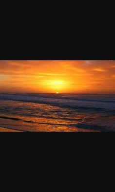 #sky #sun #sunset @top.tags #toptags #sunshine #sol #red #nature #twilightscapes #sky #clouds #sunset_pics #sunsetsniper #ig_sunsetshots #all_sunsets #sunsetporn #orange #instasunsets #sunset_lovee #sunrays #color #sunsetlovers #isea_sunsets #scenicsunset #sunsethunter #irox_skyline #skyporn #cloudporn #nature #clouds