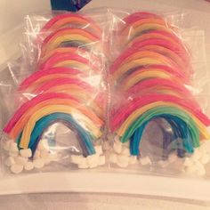 licorice and marshmallow rainbow party favors at a rainbow girl birthday! See more party ideas at .Great licorice and marshmallow rainbow party favors at a rainbow girl birthday! See more party ideas at . Rainbow Dash Party, Rainbow Party Favors, Rainbow Unicorn Party, Rainbow Parties, Rainbow Birthday Party, Jojo Siwa Birthday, Unicorn Party Favours, Rainbow Punch, Rainbow Snacks