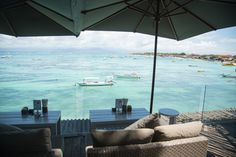 Say hello to Indonesia's new Gili Trawangan! Hop on a short boat from Bali and explore Nusa Lembongan - a true Indonesian paradise! Lembongan Island, Gili Trawangan, Lifestyle Blog, Travel Guide, Bali, Adventure, Explore, Outdoor Decor, Adventure Nursery