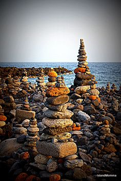 Rock Balancing Costa Adeje 2 by islandmommacanarias, via Flickr saw these, literally a see of stacked rocks, quite incredible to see in real life