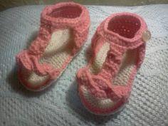Sandalias tejidas en color salmón