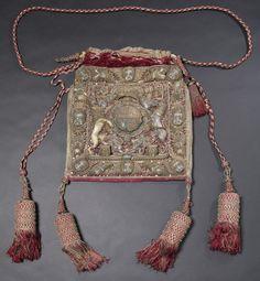Velvet bag for seal, English, 1682 </br> © CSG CIC