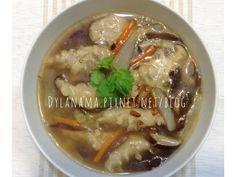 加麵加米粉都好吃。自己用大骨和白蘿蔔熬的美味湯頭,不加任何鮮味粉,湯裡面有滿滿的蔬菜,絕對是外面吃不到的美味。 Soup, Asian, Ethnic Recipes, Foods, Food Food, Food Items, Soups