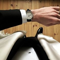 REPOST!!!  For an evening of black tie dining in Club-land the Fears Redcliff Date is accompanied by a Fears Custom black double-Alligator strap • #fearswatches #redcliff #fearscustom #bespoke #blacktie #tuxedo #womw  repost | credit: ID @fearswatches (Instagram)