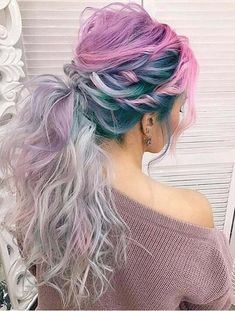 Updated messy textured ponytail hairstyles for different hair colors are really amazing trends in these days. Browse here to see the beautiful and trendy ponytail with pink hair colors to sport in 2018. Also this is really easy to create and manage haircuts.