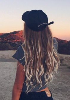 Are you looking for brown blonde peach blue purple pastel ombre hair color hairstyles? See our collection full of brown blonde peach blue purple pastel ombre hair color hairstyles and get inspired! Summer Hairstyles, Pretty Hairstyles, Camping Hairstyles, Brown Hairstyles, Latest Hairstyles, Messy Hairstyles, Hair Day, New Hair, Hair Inspo