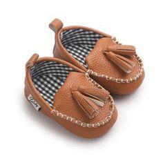 Dependable Winter Baby Girls First Walkers Baby Princess Shoes Solid Infant Girls Cute Pompon Anti Slip Baby Warm Feet Wear Prewalker Props Elegant In Style First Walkers