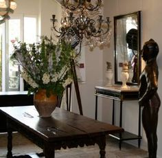 Lorfords Antiques - Showrooms