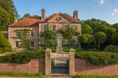 Dream Home Design, My Dream Home, English Manor Houses, English Country Manor, English House, Cute House, House Goals, Detached House, Beautiful Homes
