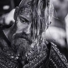 Jasper Pääkkönen as Halfdan the Black | Vikings History