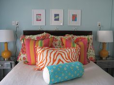 Jane Coslick Cottages  Love these pillows