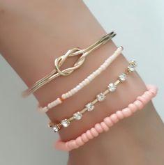 ensemble-de-4-bracelets-tendance-2017-1