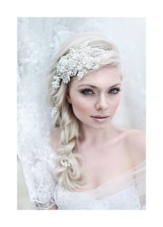 Pretty Wedding Accessory