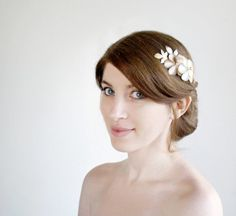 Bridal Hair Comb, wedding hair accessories, flowers and pearl comb, golden leaves flowers in Ivory and champagne satin with an ivory pearl