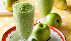 This smoothie is fat free, high in fibre and loaded with vitamins and minerals.