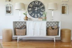 Vintage Mod Makeover {Simple & Easy Tips To Get A New Look For Less- Adding New Wall Decor {Clock Gershwin & Gertie}. Vintage Stereo just $10, using tip #6