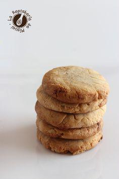 Galletas de Turrón | La Repostería de Miguel Mantecaditos, Galletas Cookies, Garlic Bread, Cookie Bars, Doughnuts, Cookie Recipes, Pancakes, Food Photography, Chocolates