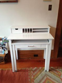 San Francisco: Small White Desk (Container Store) $150 - http://furnishlyst.com/listings/131294