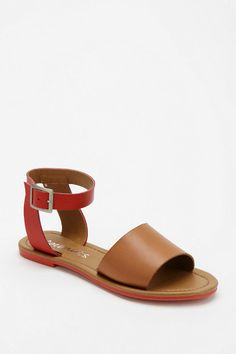Coconuts All About Ankle-Wrap Sandal
