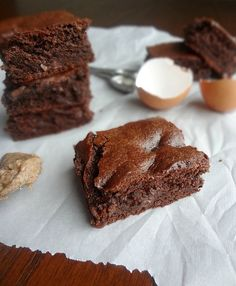 Flourless Almond Butter Chocolate Brownies-rich, delicious HEALTHY brownies!
