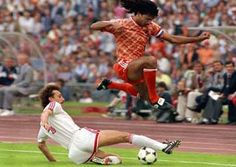 A playboy at heart, Ruud Gullit was one of the poster boy of Surinamese-Dutch footballers