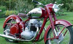 Jawa Motos Vintage, Vintage Cycles, Vintage Bikes, American Motorcycles, Vintage Motorcycles, Cars And Motorcycles, Moto Jawa, Moto Bike, Classic Road Bike