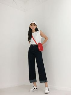 Korean Fashion Trends you can Steal – Designer Fashion Tips Korean Fashion Trends, Korean Street Fashion, Korea Fashion, Asian Fashion, 90s Fashion, Girl Fashion, Fashion Outfits, Womens Fashion, Fashion Tips