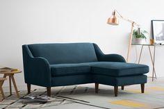 Разберём все тонкости выбора дивана, а также предложим три альтернативы, если комната совсем маленькая, а гостей в ней бывает много.