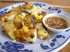 Banh Bot Chien - Fried Rice Cubes w/ Eggs, Pan Fried Rice Cakes