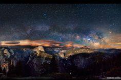 Galaxias gigantes en espiral en lo profundo del espacio, en el cielo del Parque Nacional de Yosemite, en Estados Unidos. Foto: BBC Mundo